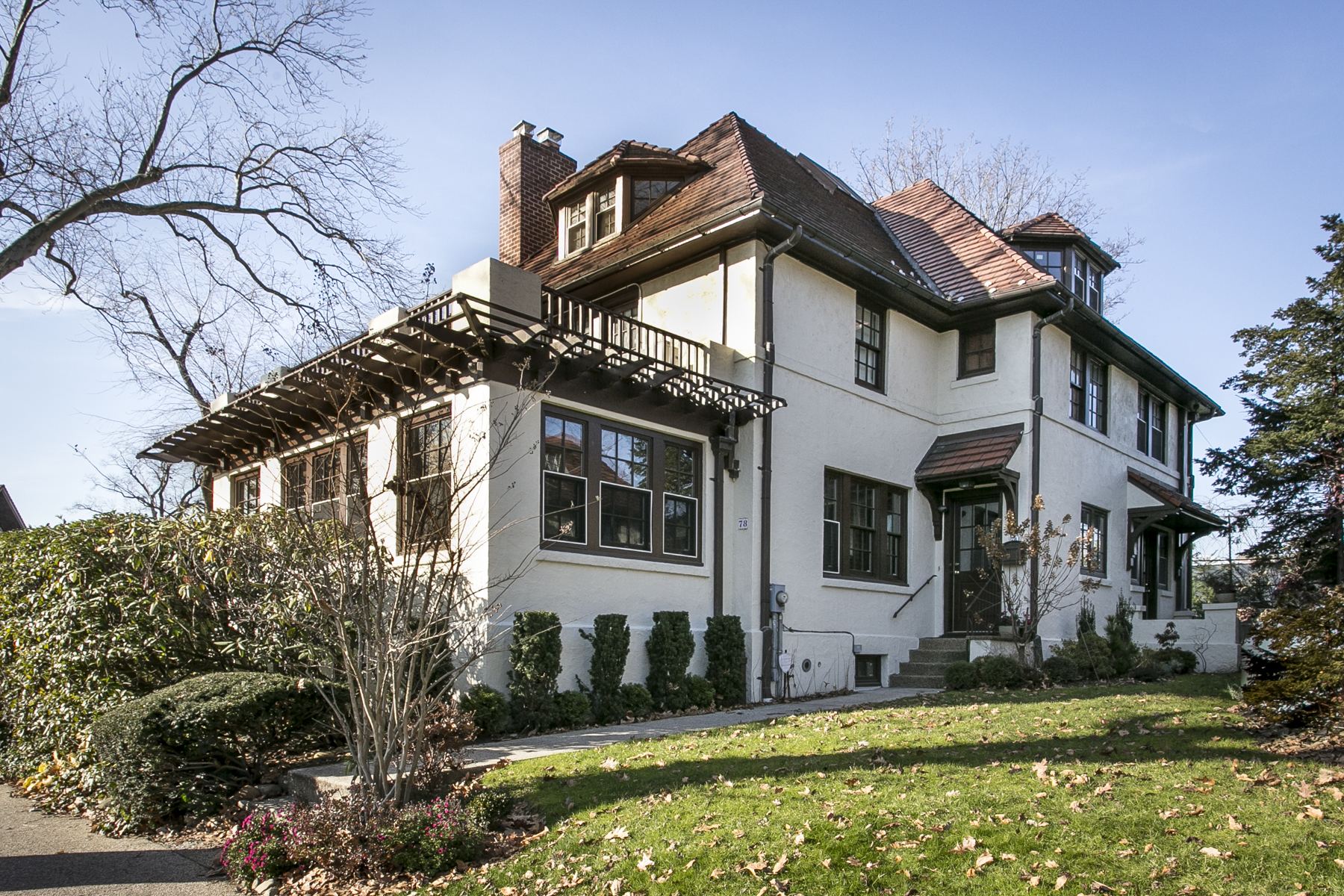 New to the market beautiful forest hills gardens property 78 dartmouth street terrace for Forest hills gardens real estate