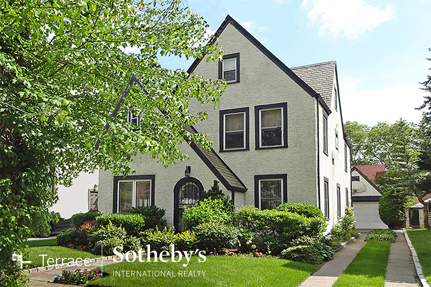 FOREST HILLS QUEENS REAL ESTATE NYC