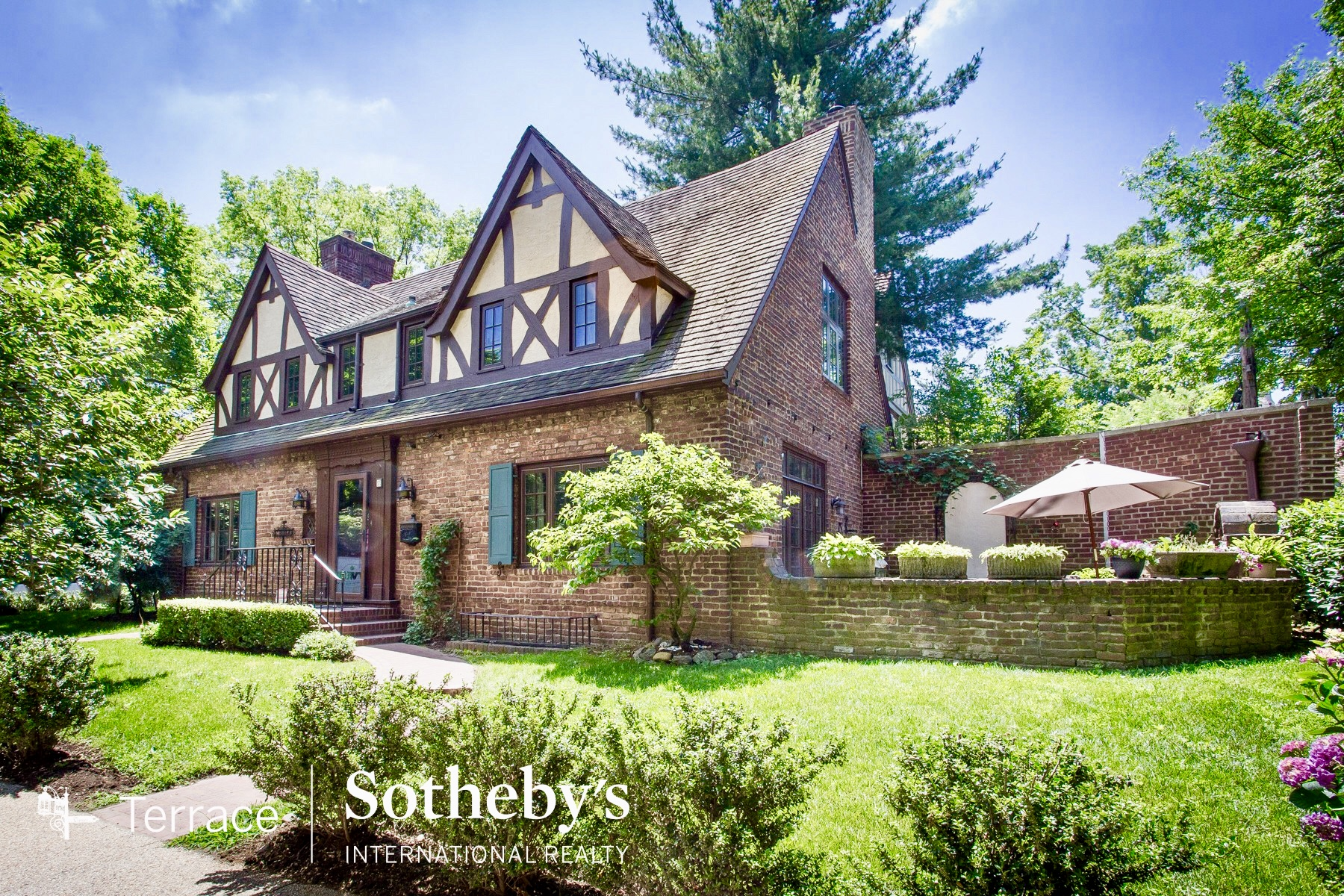forest hills queens luxury real estate