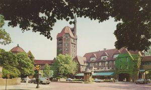 Forest-Hills-Inn-1966-postcard-Photo-by-Colorcraft-Studios-Courtesy-of-Michael-Perlman-300x180