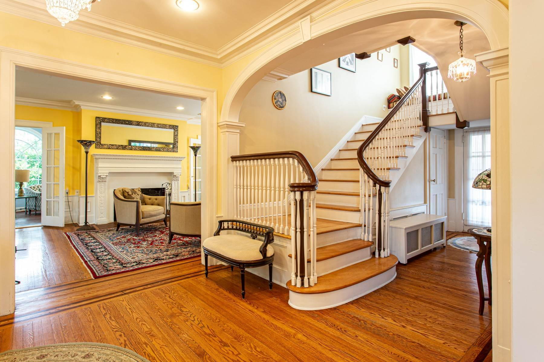 15. Single Family Homes for Sale at 'KEW GARDENS MEDITERRANEAN MASTERPIECE' 48 Beverly Road, Kew Gardens, New York 11415 United States