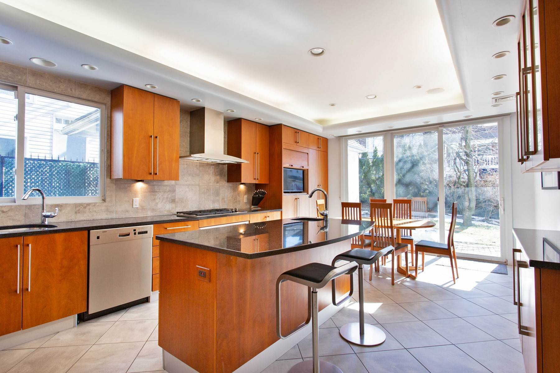 5. Single Family Homes for Sale at 'GRACIOUS LIVING IN KEW GARDENS' 103 Mowbray Drive, Kew Gardens, New York 11415 United States