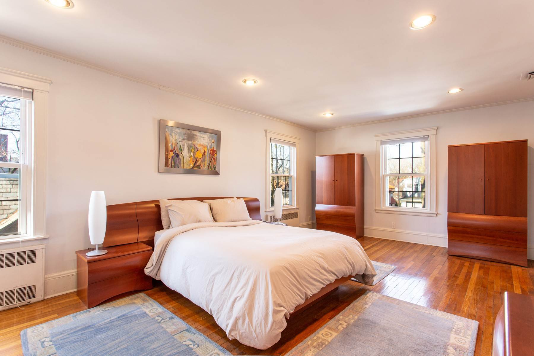 11. Single Family Homes for Sale at 'GRACIOUS LIVING IN KEW GARDENS' 103 Mowbray Drive, Kew Gardens, New York 11415 United States