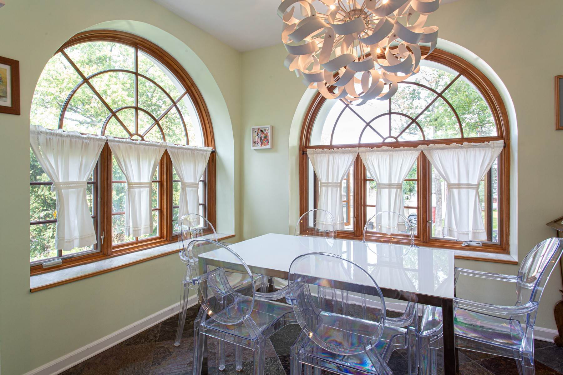 11. Single Family Homes for Sale at 'KEW GARDENS MEDITERRANEAN MASTERPIECE' 48 Beverly Road, Kew Gardens, New York 11415 United States