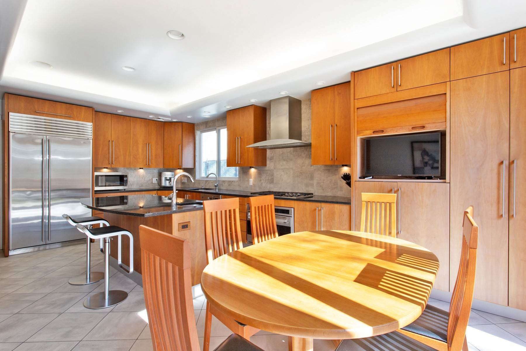 6. Single Family Homes for Sale at 'GRACIOUS LIVING IN KEW GARDENS' 103 Mowbray Drive, Kew Gardens, New York 11415 United States