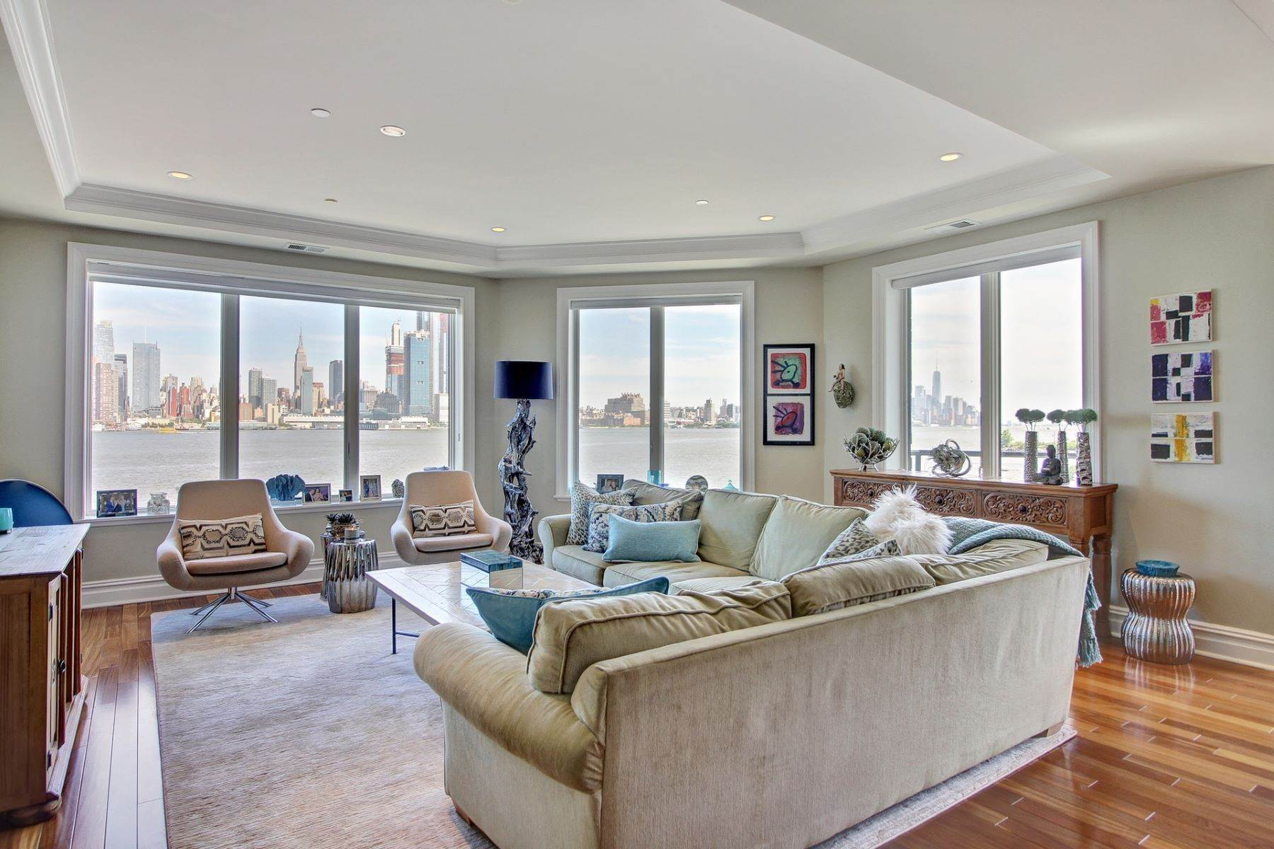 Condominiums for Sale at Henley on Hudson 250 Henley Place #308 Weehawken, New Jersey 07086 United States