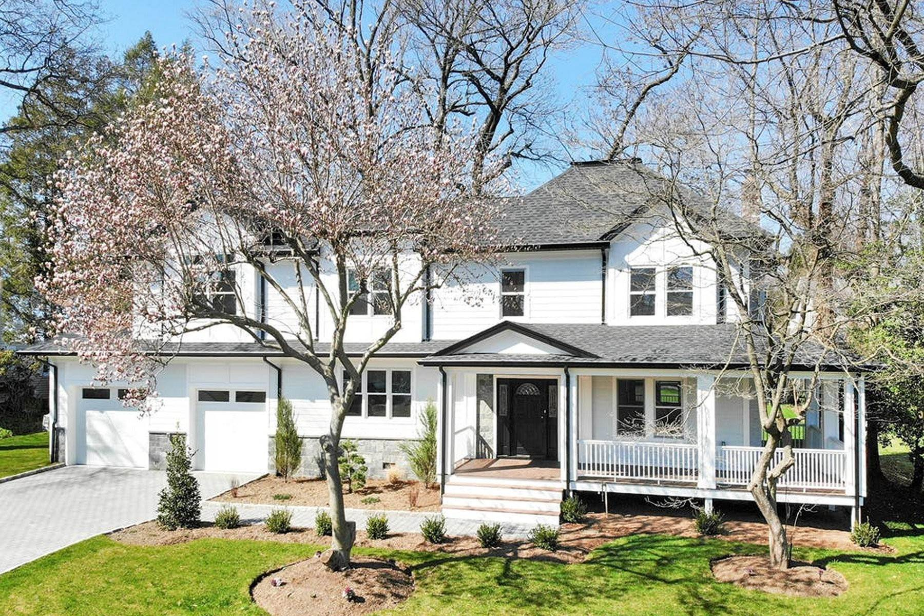 Single Family Homes for Sale at Renovated & Expanded 149 Newcomb Rd Tenafly, New Jersey 07670 United States
