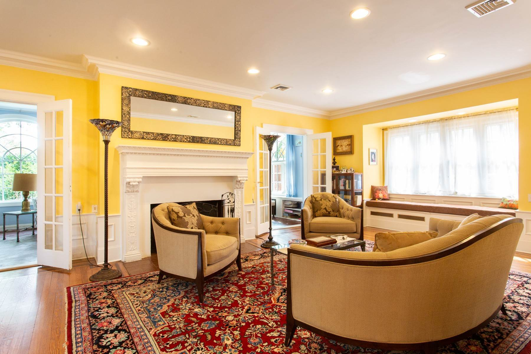 4. Single Family Homes for Sale at 'KEW GARDENS MEDITERRANEAN MASTERPIECE' 48 Beverly Road, Kew Gardens, New York 11415 United States