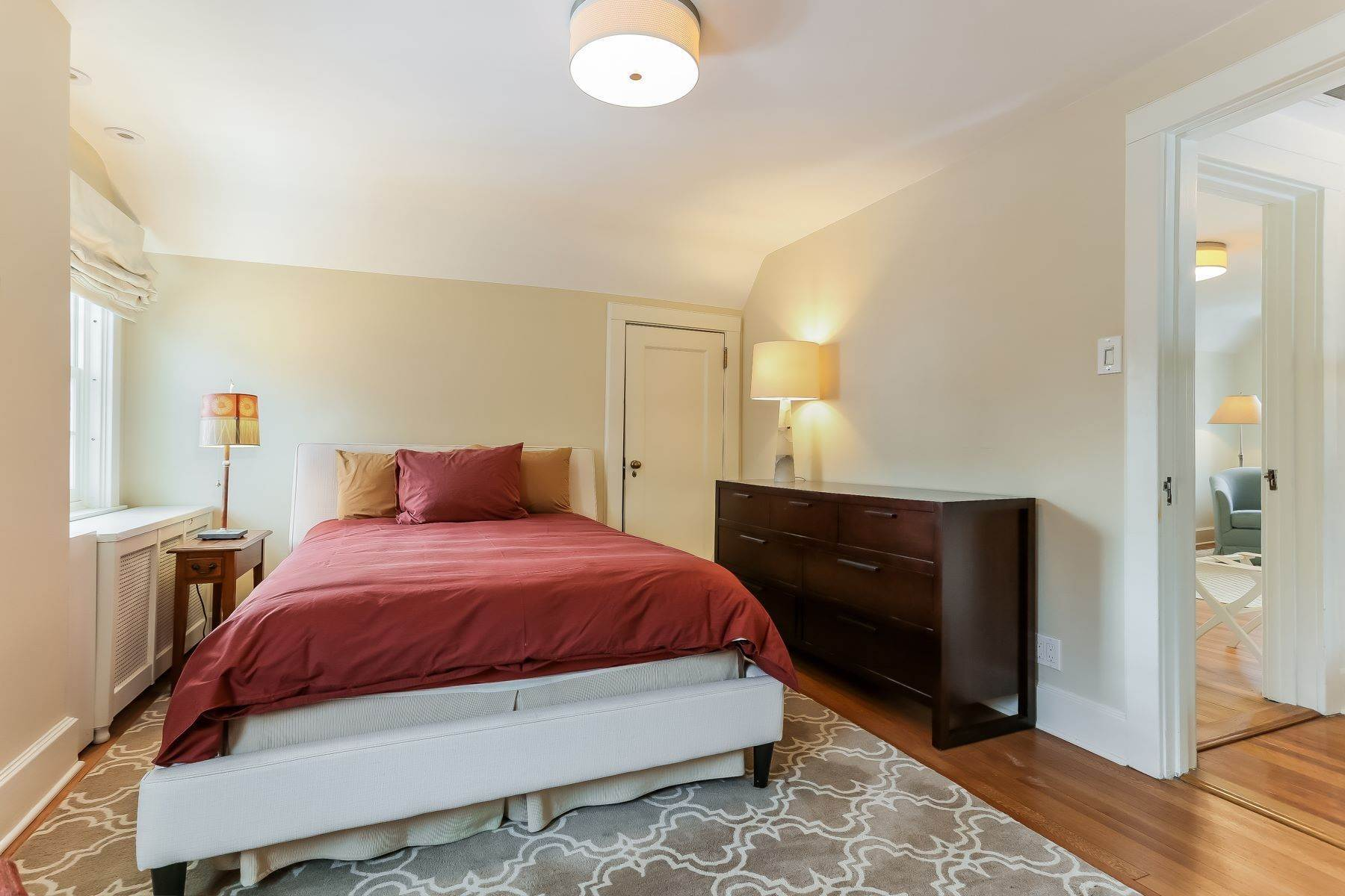20. Single Family Homes for Sale at 'SPACIOUS STORYBOOK HOME, FULLY RENOVATED' 19 Groton Street, Forest Hills Gardens, Forest Hills, New York 11375 United States