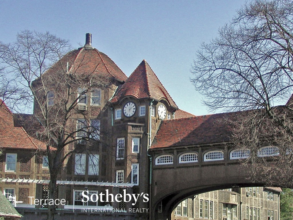 00forest hills gardens luxury real estate queens, nyc3_1_Station_Sq_03